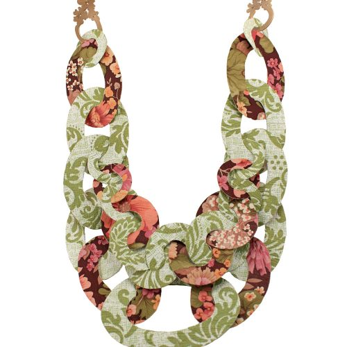 1-big-necklace-green-and-pink-clipped-image